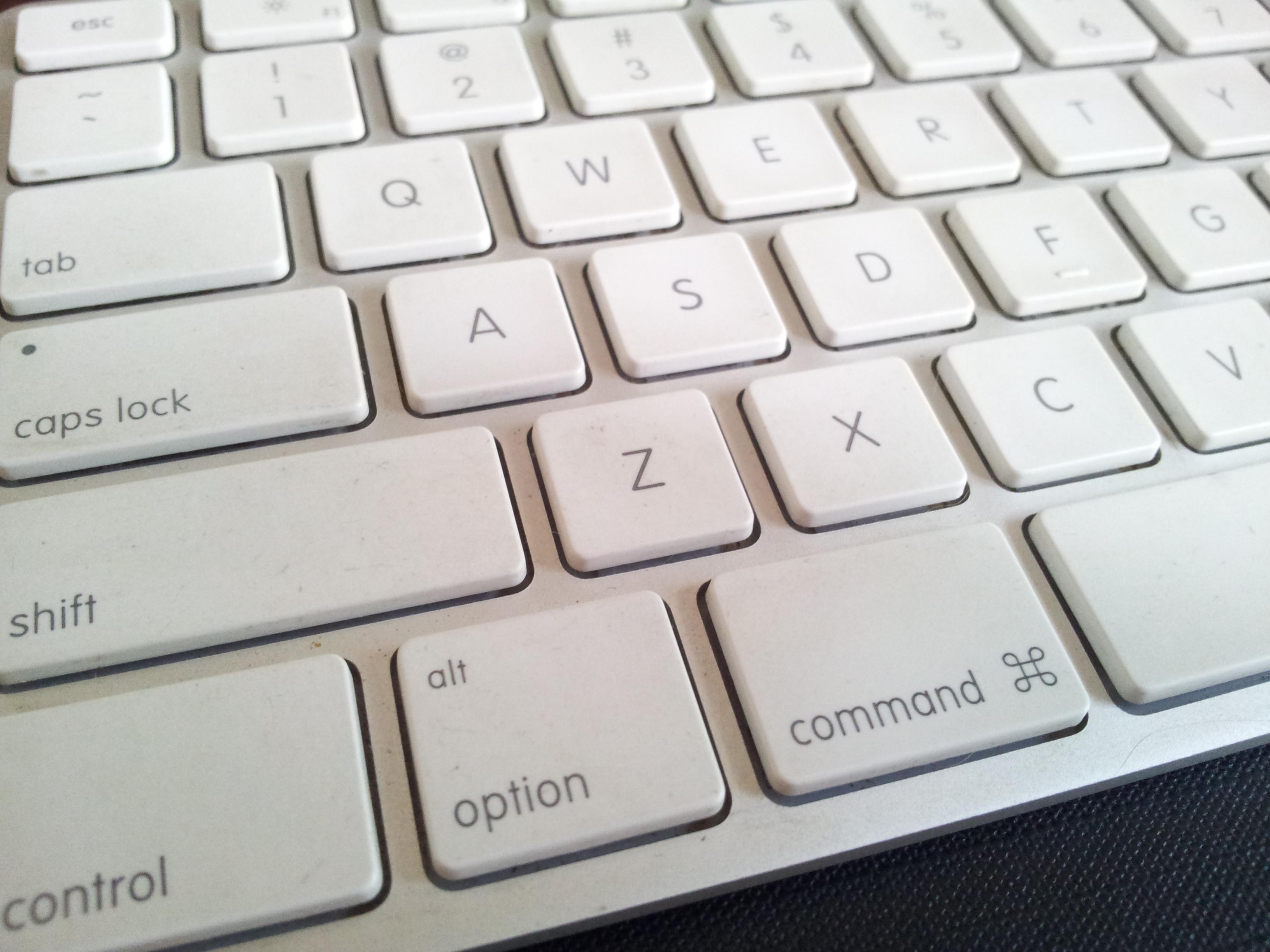 how to clean my imac keyboard